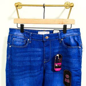 No Boundaries Bright Blue Frayed Edge Jeans NWT